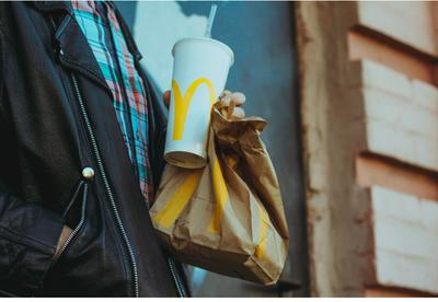 Falha em sistema do McDonald's possibilitava lanches infinitos e de graça